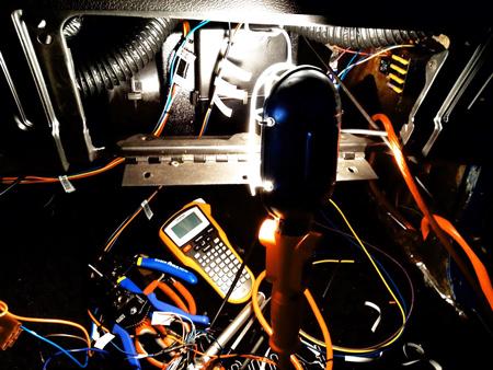ремонт на авто електроинсталация